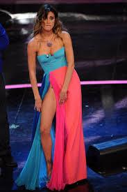 Belen Rodriguez a Sanremo 2012, lo spacco della seconda serata - Foto n. 11  - Televisionando