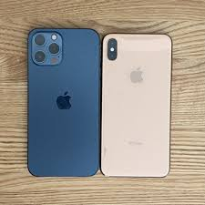 iPhone 12 Pro Max và iPhone 12 mini bắt đầu đến tay người dùng thế giới, hàng  xách tay đang rục rịch về Việt Nam