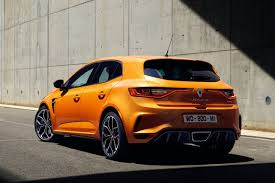 2018 renault megane gt. simple megane thanks to its new 18litre turbopetrol fourpot unit the megane rs now  punches out 205kw of power and 390nm torque for 2018 renault megane gt