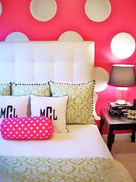 Pink And Green Walls In A Bedroom Must See Spring Color Trends Hgtv