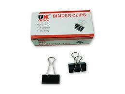 4 Binder