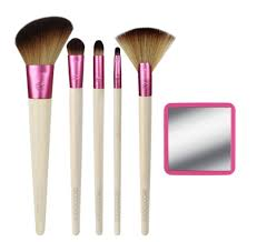 new makeup brushes. you can the new ecotools girl project makeup brush sets at ecotools.com. brushes