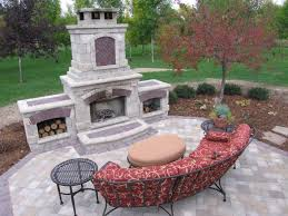 Of Outdoor Fireplaces The Outdoor Fireplace Landscaping Designs Ideas And Decor