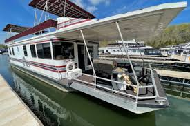 The ultimate water vacation on dale hollow lake. 50k 100k Houseboats Buy Terry