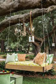 how fun would this swing be for wedding pics see more here