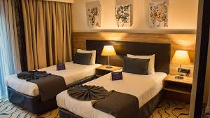 Full Size of :twin Bed Hotel Room Hollywood Twin Bed Joined Twin Beds  Hotels In ...
