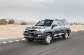 Toyota Land Cruiser: 2017 Motor Trend SUV of the Year Contender ...
