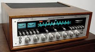 vintage stereo receiver.