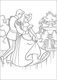 Disegno Di Cenerentola E Il Principe Danzano Insieme Da Colorare