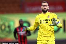 Gigio donnarumma is reportedly signing for milan for four years, but his clause will not depend on as the salary will be the same, donnarumma will only sign up by 2021 with a compromise based on a. Juventus Ready To Pounce For Ac Milan Keeper Gianluigi Donnarumma Saty Obchod News