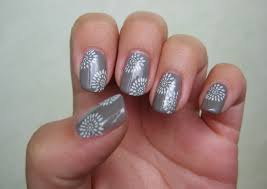 Nail designs konad ~ Beautify themselves with sweet nails