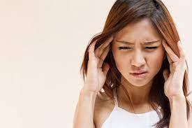 Saat otot pada kepala dan leher mengencang, kemudian pembuluh darah kepala melebar, saat itulah dirasakan sakit kepala tegang. Apa Penyebab Sakit Kepala Sebelah Kanan Alodokter