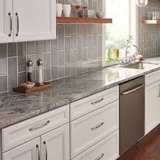 which direction to align backsplash tiles