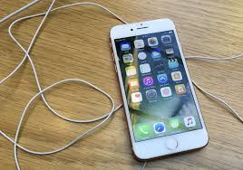 iPhone 8 screen to be much bigger than Apple's iPhone 7 Plus, report ...