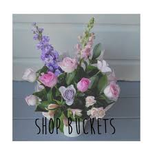 we are a web based florist based in hamilton new zealand specialising in original creative fl designs with an emphasis on using a bination