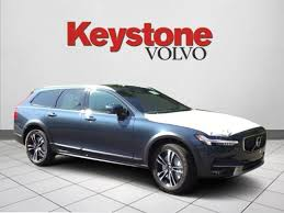 2018 volvo denim blue. perfect volvo 2018 volvo v90 cross country t5 awd wagon with volvo denim blue