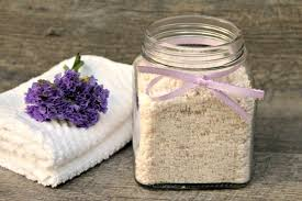 no fuss healthy living s lavender laundry detergent uses gentle ings like essential oils