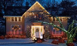 outdoor xmas lighting. Tips For Hanging Outdoor Christmas Lights Outdoor Xmas Lighting