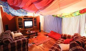 Easy Forts To Build 11 Awesome Diy Forts You Can Create For Your Kids