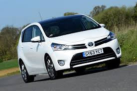 Toyota Verso 1.6 D-4D 2014 review | Auto Express