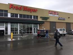 Fred Meyer Northern Lights Pharmacy Midtown Fred Meyer Hosts Apds Largest Yet Retail Blitz
