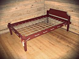 Rope Bed / Primitive Furniture / Colonial