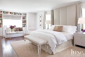 Contemporary White Bedroom with Floor-to-Ceiling Headboard - Luxe ...
