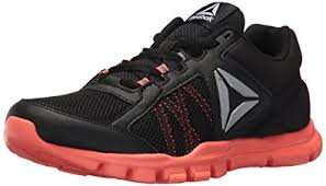 reebok yourflex trainette. reebok women\u0027s yourflex trainette 9.0 mt sneaker, black/guava punch,