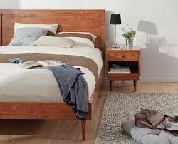Relaxing neutral Scandinavian bedroom design