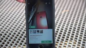 Fake be Smartphone Pulls Trying Man Would Buy Gun To On Robber tFwvSq