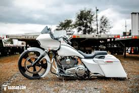 baggers bad dad s 2015 road glide with 26 wheel bad dad