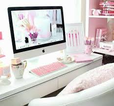 pink office desk. dreaming of this pink white office such great inspiration for a renovation desk