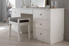Shaker Style Bedroom Furniture Shaker Wardrobes Cream Bedroom Furniture From Sharps