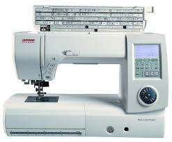 Janome 7700 Sewing and Quilting Machine Review - Quilter's Review & Janome 7700 Sewing and Quilting Machine Review Adamdwight.com