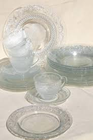 sandwich pattern pressed glass dishes crystal clear dinnerware set for 4 sets libbey s