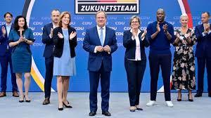 On 16 january 2021, he was elected as leader of the christian democratic union (cdu). Rettet Dieses Zukunftsteam Laschet Das Kanzleramt B Z Berlin