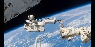Watch 2 Nasa Astronauts Take A Spacewalk Outside The Iss