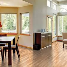 image of quick step laminate flooring in dining room
