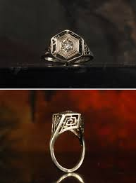 1920s art deco greek key filigree ring this is a whole lot of ring with