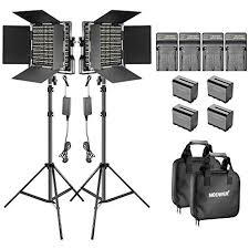 Neewer <b>2</b>-<b>Pack</b> Dimmable Bi-color 660 LED Video Light: Amazon.co ...