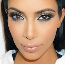 these are some great ways by which you can get the kim kardashian look by following some simple tips and tricks