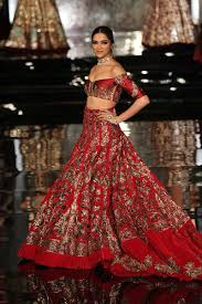 Famous Dress Designers 2017 Top 10 Popular Best Indian Bridal Dress Designers Hit List
