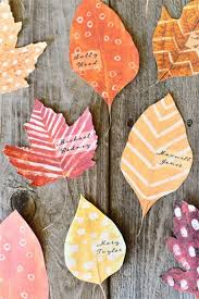 printable autumn leaves for place cards diy thanksgiving leaf decor