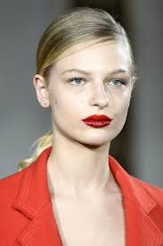 pink eyeshadow contouring and more of the best makeup trends at new york fashion week