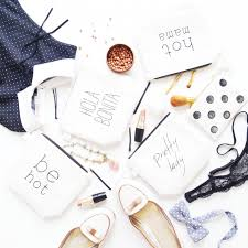 10 makeup bags for your bridesmaids