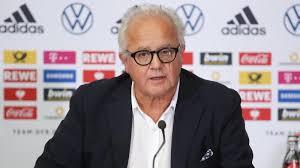 Klubchef watzke vermutet gar gezielte sabotage. Fc Bayern Dfb Boss Fritz Keller Verteilt Spitze Gegen Uli Hoeness