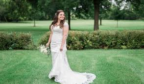 5 Wedding Dress Stains And How To Fix Them Weddingwire