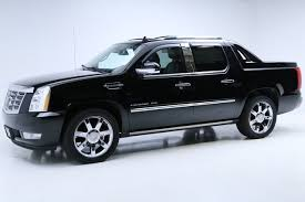 2010 Cadillac Escalade EXT for Sale in Cleveland, OH 44115 - Autotrader