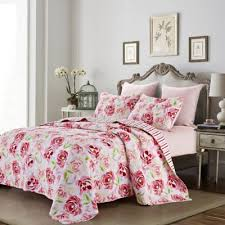 Buy Pink Full / Queen Quilt from Bed Bath & Beyond & Chloe Reversible Full/Queen Quilt Set Adamdwight.com