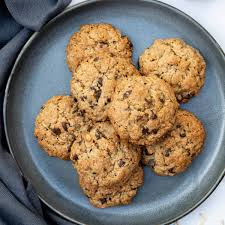 These round, thin cookies are formed from balls of cookie dough that are rolled in sugar. Almond Flour Oatmeal Cookies Vanilla Bean Cuisine Dessert Recipes